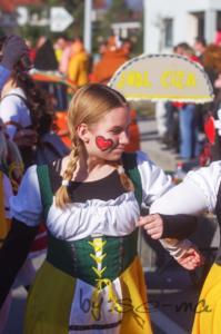 7 karneval-180