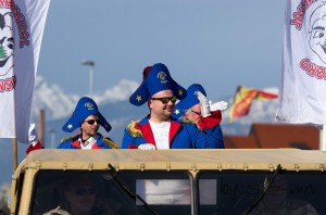 8 karneval-80